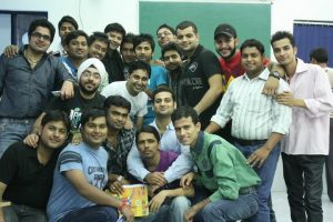 Aman Chugh amongst students-2